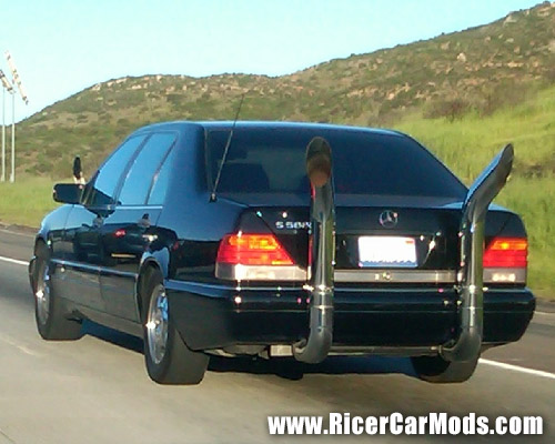massive exhaust on mercedes