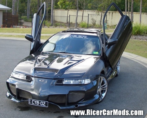 Riced Out Honda Prelude With Lambo Doors And Cyber Kit